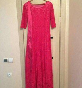 Продаётся длинное платье