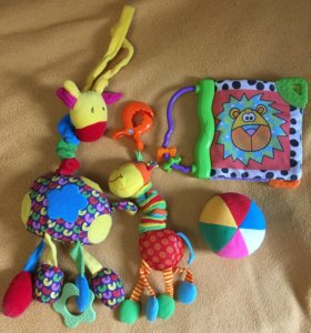 Игрушки малышу от 0