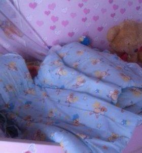 Бортики в кроватку  для мальчика.