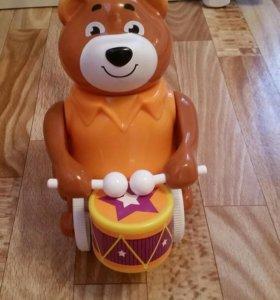 Каталка мишка барабанщик
