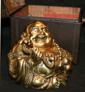 Будда весёлый Хотей в сундучке бронза