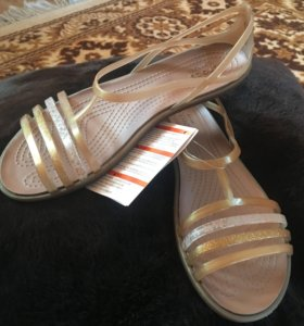 Новые крокс сандалии w7