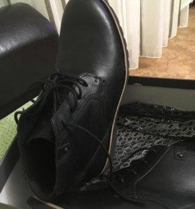Ботинки мужские Rockport