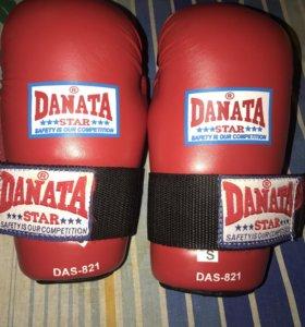 Перчатки для бокса и единоборств Danata