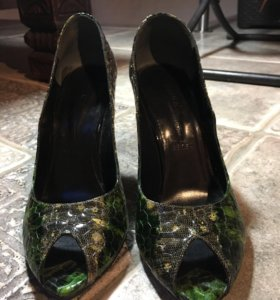 Туфли-лодочки с открытым носом