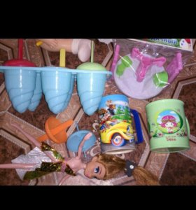 Игрушки и пасуда