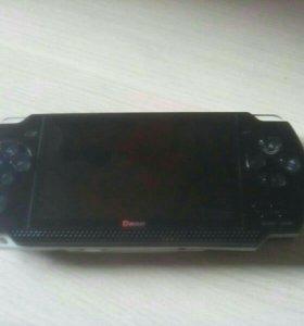 Портативная игровая консоль DENN 801