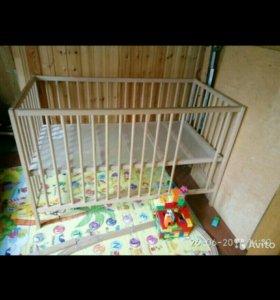 Детская кроватка Икеа + матрасик