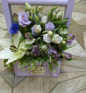 Цветы в ящичках и коробках