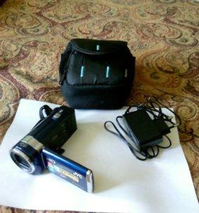 Продается видеокамера jvc everio