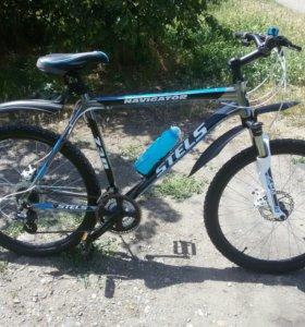 Горный велосипед Stels Navigator 730 Disc