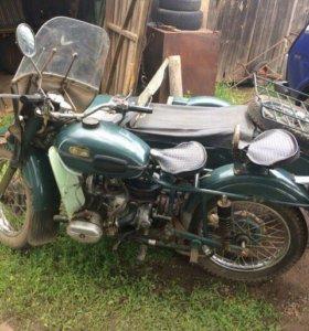 Мотоцик Урал ИМЗ-8.103-10
