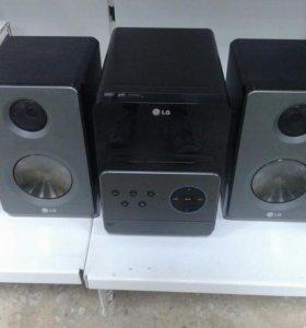 Музыкальный центр LG XA-67