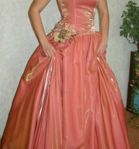 Вечернее платье (размер 44-46)
