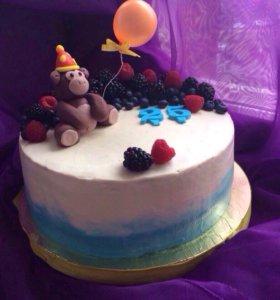 Сладости:торты и капкейки