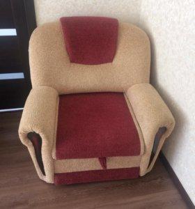 Кресло раскладное и диван в придачу