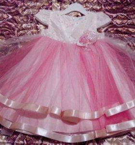 Нарядное платьеце