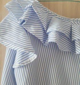 рубашка с воланами,ремень