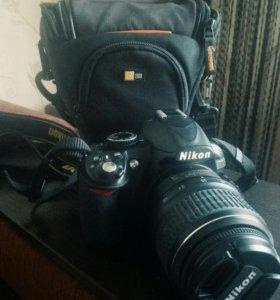 Полупрофессиональный фотоаппарат Nikon D3100