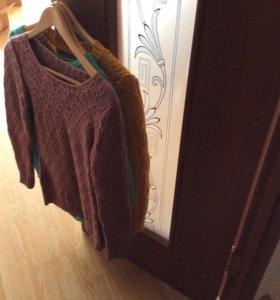 Продам 3 свитера