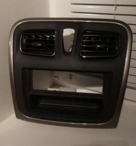 Накладка на панель под 1-дин. магнитолу.