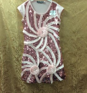 Платье нарядное для девочки 6-7 лет