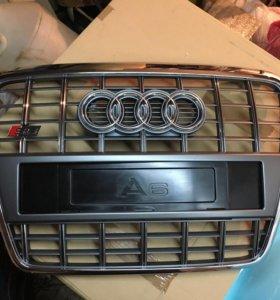 Решетка радиатора Audi S6 C6 оригинал