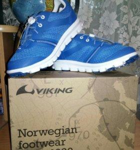 НОВЫЕ КРОССОВКИ фирмы viking ( норвегия)
