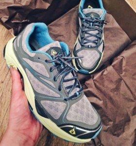 Кроссовки для бега Vasque