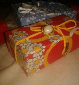 Коробочки для подарка