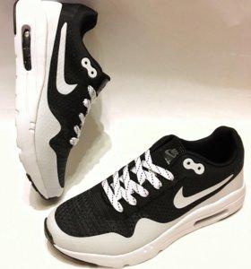 В наличие новые кроссовки Nike Airmax
