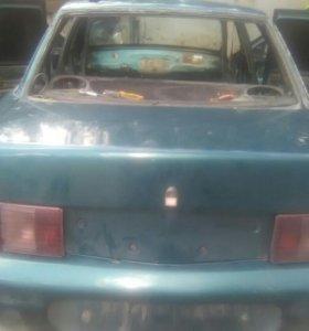 Задний бампер 2110, и крышка багажника