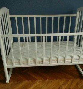 Кроватка,  и  матрас