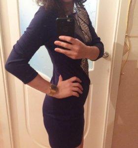 Новое трикотажное платье с пайтками