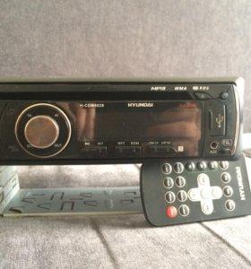 Магнитофон Hyundai H-CDM8026