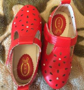 Туфли детские летние