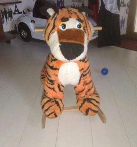 Продам тигра качалку