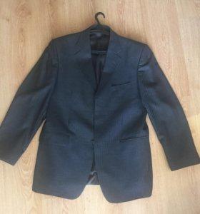 Мужской костюм ( пиджак и брюки)