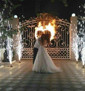 Зажжение огненного сердца+дорожка фонтанов