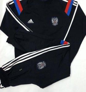 Спортивный костюм adidas Россия