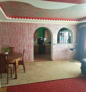 Квартира, 5 и более комнат, 110 м²