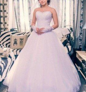 Продам свадебное платье и ботильоны