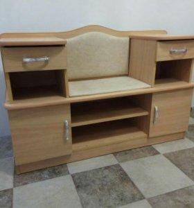 Шкафчик с сиденьем для прихожей срочно