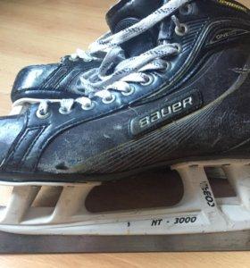 Коньки для хоккея с мячом Bauer One 60