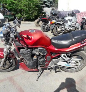 Мотоцикл Suzuki bandit 1200