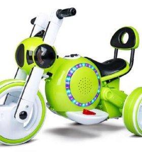 элекромотоцикл Bubble с педалями