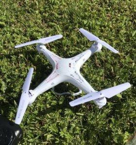 Новый квадрокоптер SYMA x5