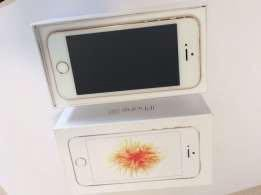 iPhone 5SE 64 gb GOLD