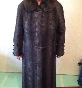 Пальто зимнее р. 48-50