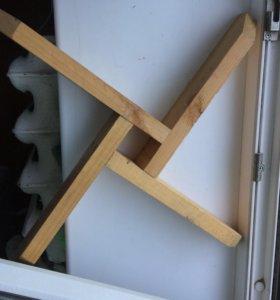 Деревянная подставка для ёлки